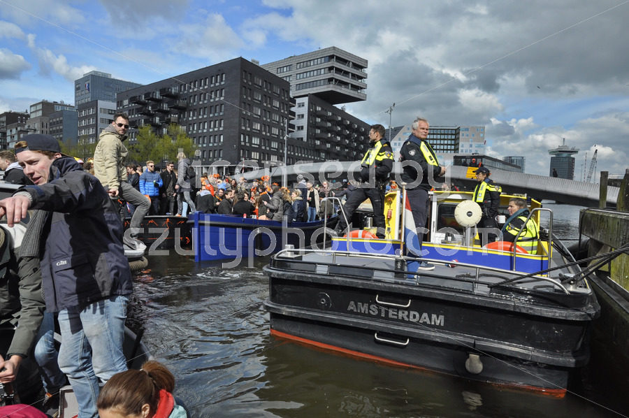 Police security boat at the Westerdok - Adam Szuly Photography