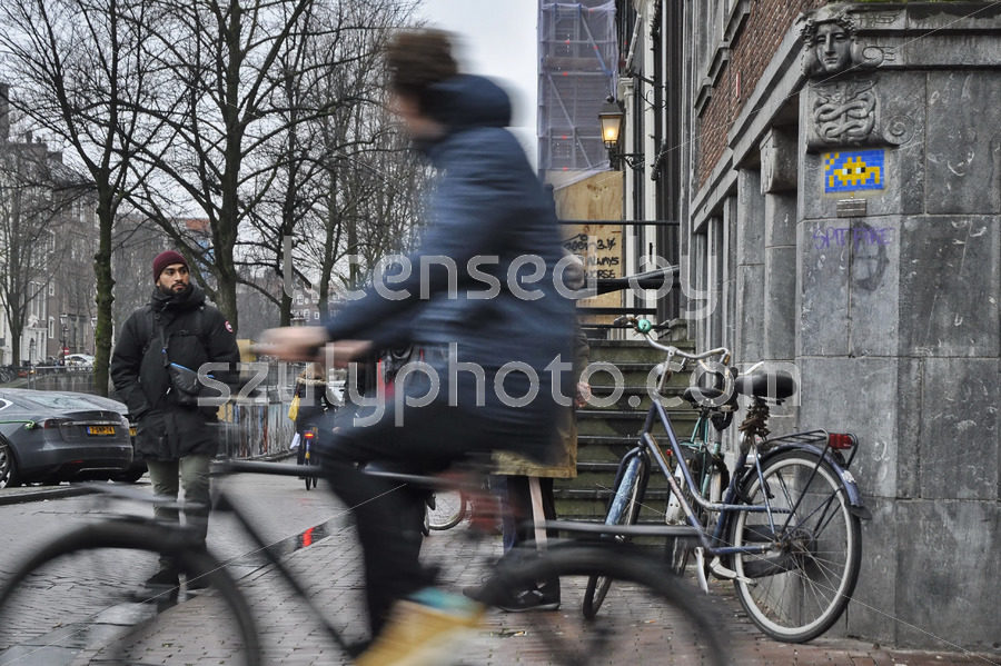 Space invader on the Keizersgracht - Adam Szuly Photography