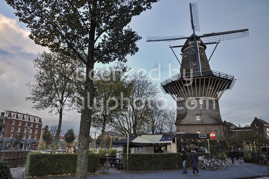 The De Gooyer Windmill with the Langedijk bar - Adam Szuly Photography