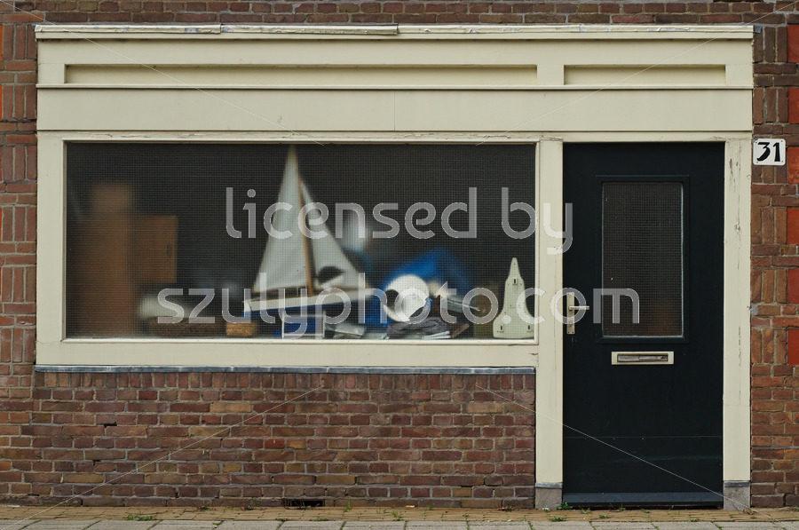 Amsterdam School style residential entrance - Adam Szuly Photography