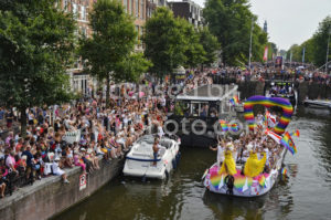 Bisexuality Network Boat – Amsterdam Parade 2018 - Adam Szuly Photography