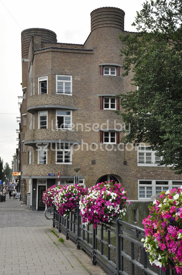 Building on the Amstelkade by Rutgers - Adam Szuly Photography