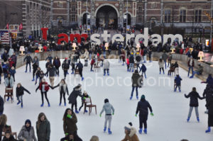 Ice skating on the Museumplein - Adam Szuly Photography