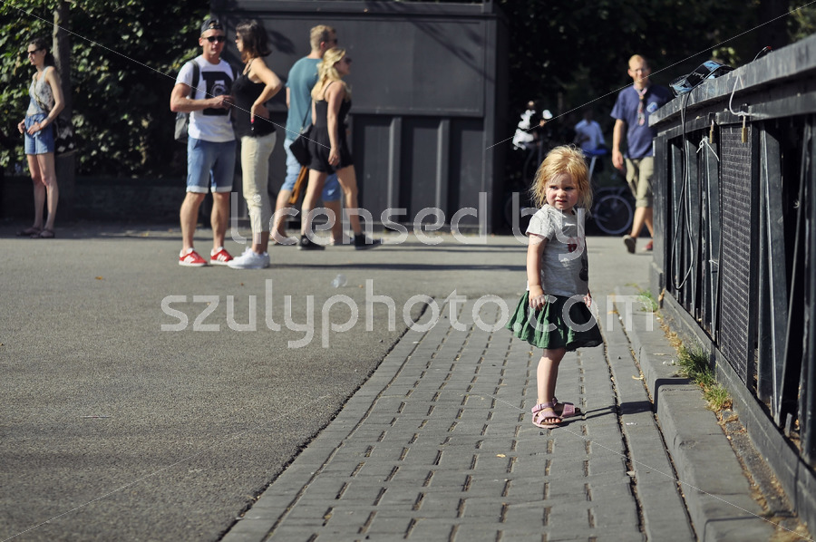 Kid at the Open Air Theater stage - Adam Szuly Photography
