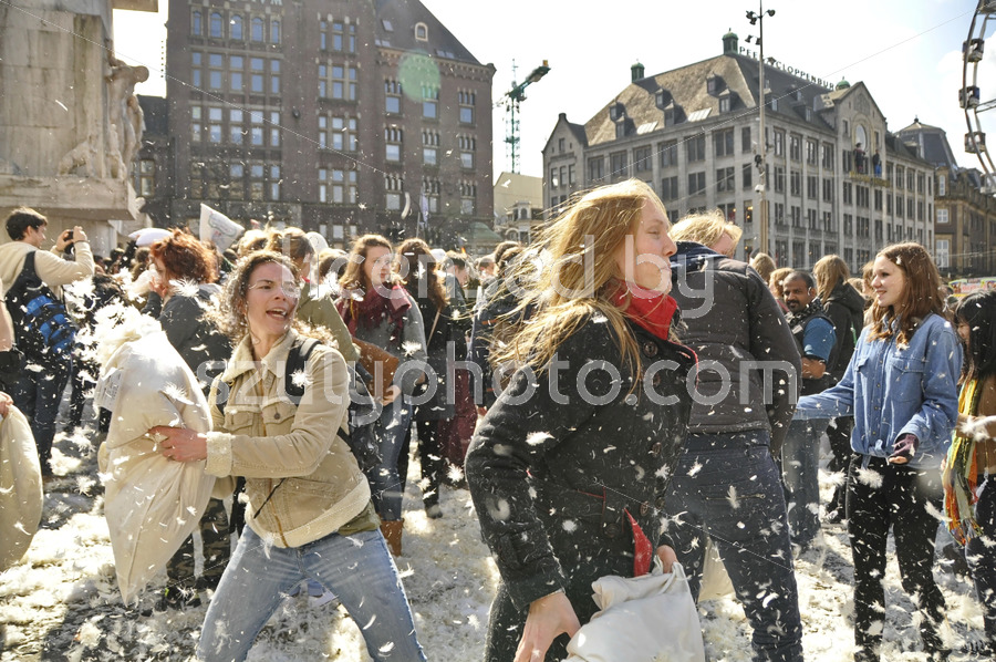 Picking a fight on Pillow Fight day - Adam Szuly Photography