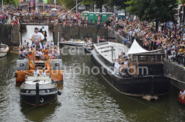 Pride Amsterdam Boat Parade 2018 – Leaseplan boat - Adam Szuly Photography