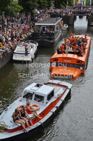 Pride Boat Parade – Netflix Boat - Adam Szuly Photography