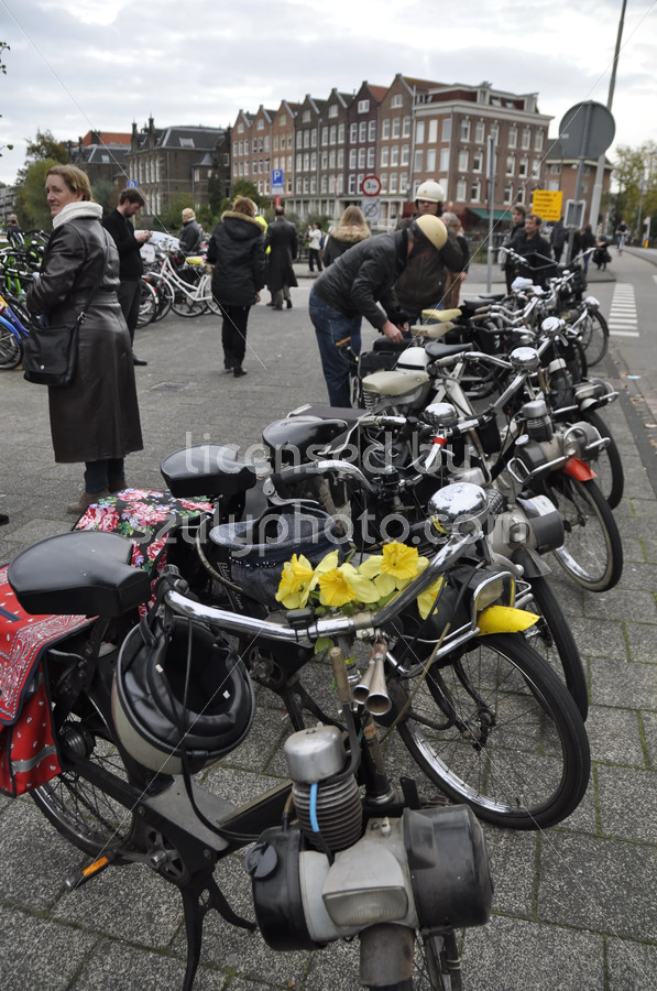 Solex moped community gathering - Adam Szuly Photography