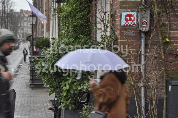 Space Invader Hazenstraat - Adam Szuly Photography