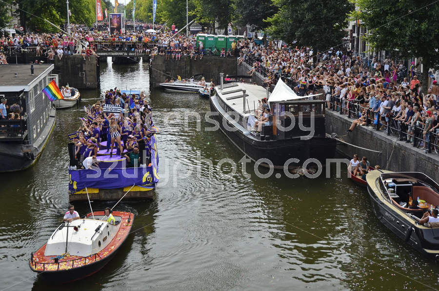 Stonewall 50 – Pride Amsterdam Boat Parade - Adam Szuly Photography