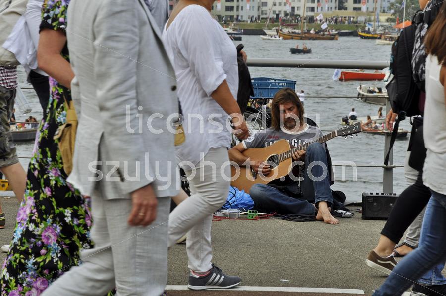 Street musician - Adam Szuly Photography