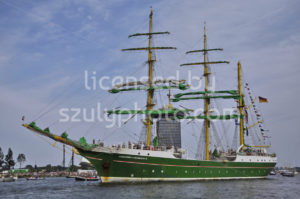 The Alexander von Humboldt en route from Amsterdam - Adam Szuly Photography