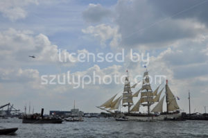 The Europa tall ship on the Ij river - Adam Szuly Photography