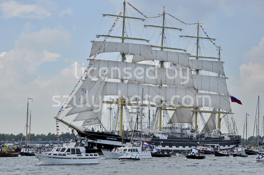 The Kruzenshtern tall ship on the Ij river - Adam Szuly Photography