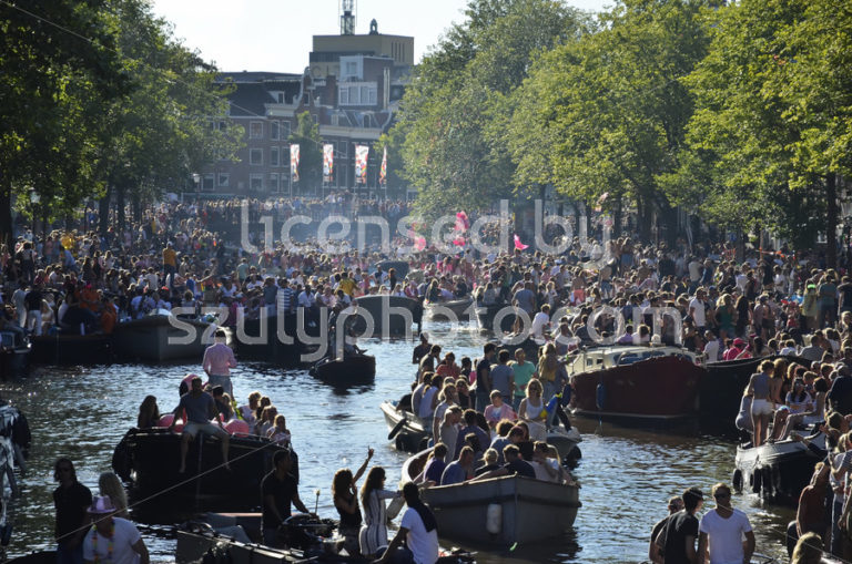 The Prinsengracht at the Europride 2016 - Adam Szuly Photography