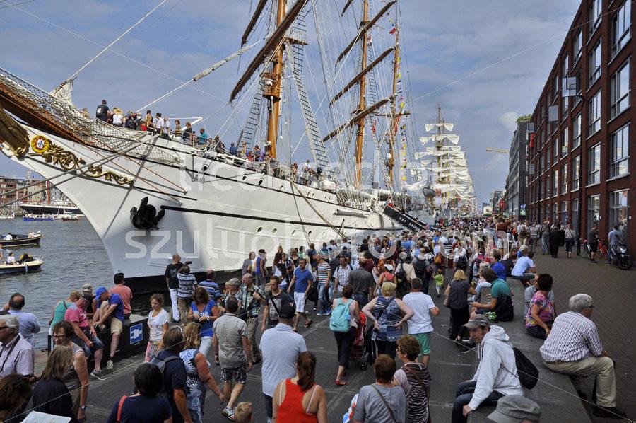 The Sagres tall ship on the Veemkade - Adam Szuly Photography