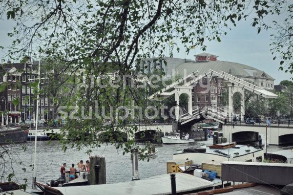 The Skinny Bridge (Magere Brug) on the Amstel - Adam Szuly Photography