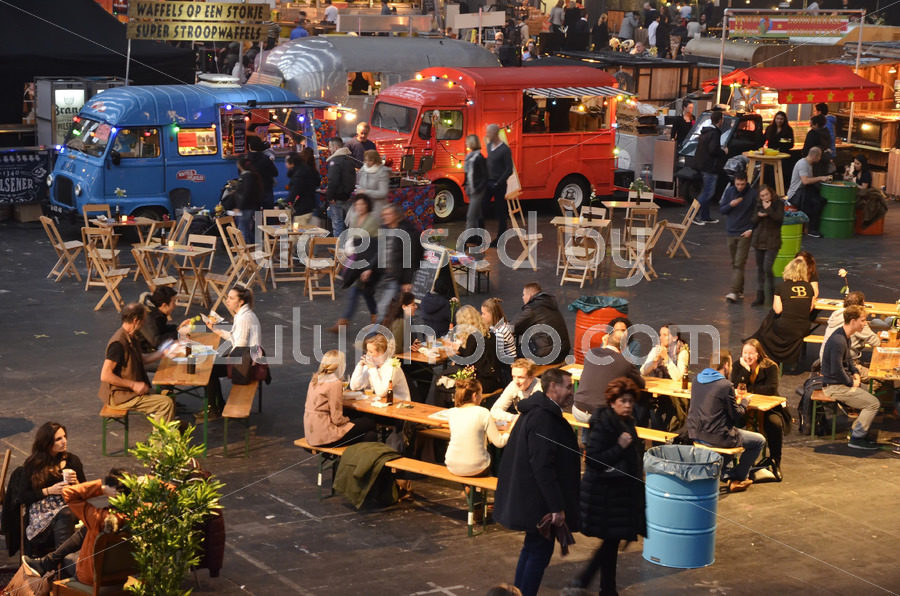 The busy Foodfestival in Amsterdam - Adam Szuly Photography