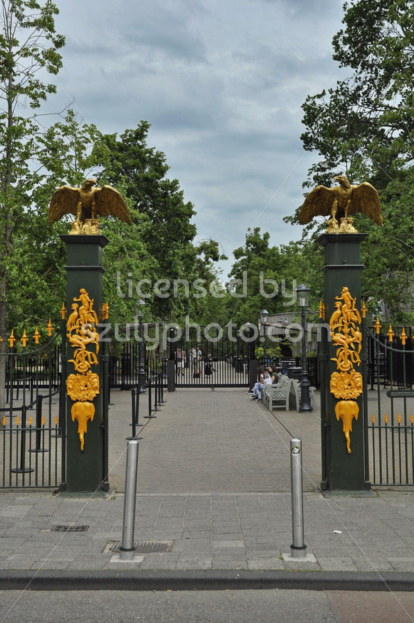 The entrance of the Artis Zoo - Adam Szuly Photography