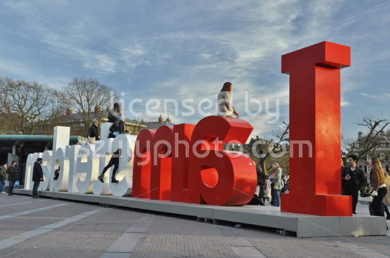 Tourists on the Iamsterdam sign - Adam Szuly Photography