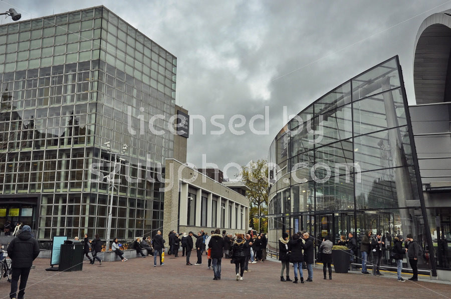 Van Gogh Museum Entrance - Adam Szuly Photography