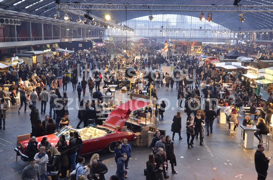 View of the Foodfestival from the North-West Mezzanine - Adam Szuly Photography