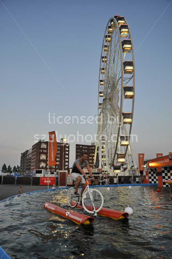 Waterbiking at the SAIL - Adam Szuly Photography