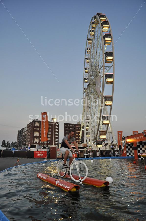 Waterbiking at the SAIL - Adam Szuly Photography